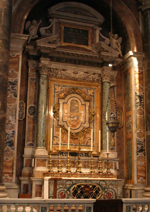 OurLadyofSuccour-altar